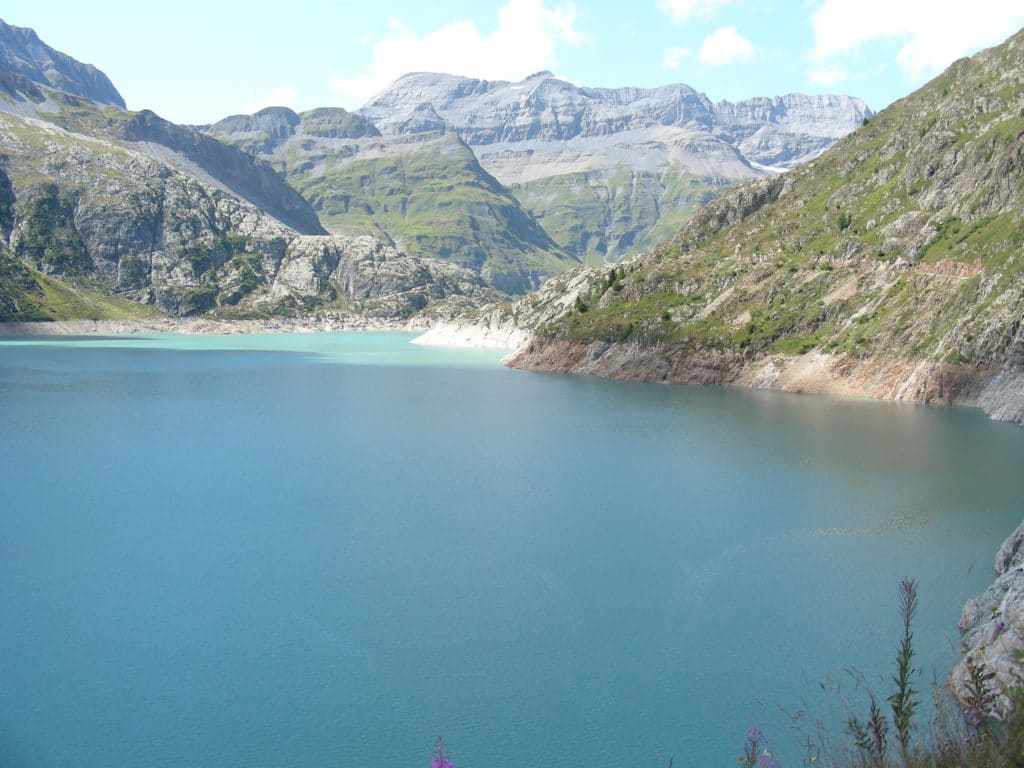 Lac du Barrage d'Emosson