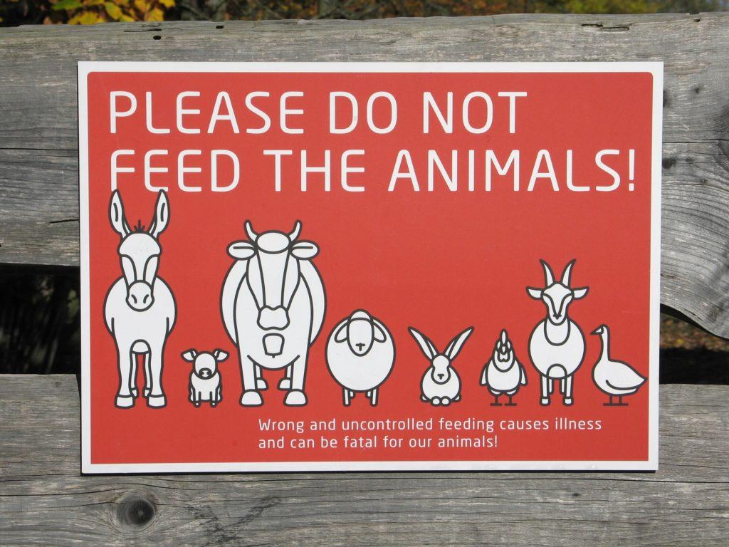 Ne pas nourrir les animaux panneau