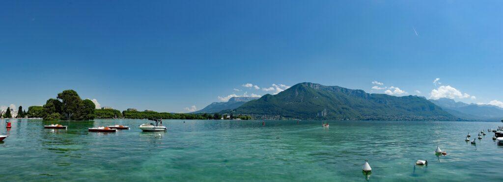 Lac d'Annecy : les plages DogFriendly